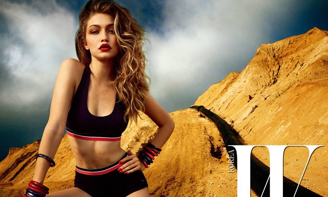 """O corpo perfeito da modelo e a capacidade de Gigi de engrandecer qualquer foto com suas poses fez os fãs irem à loucura. """"Trabalho maravilhoso"""" e """"além de incrível"""" foram alguns dos comentários Divulgação"""