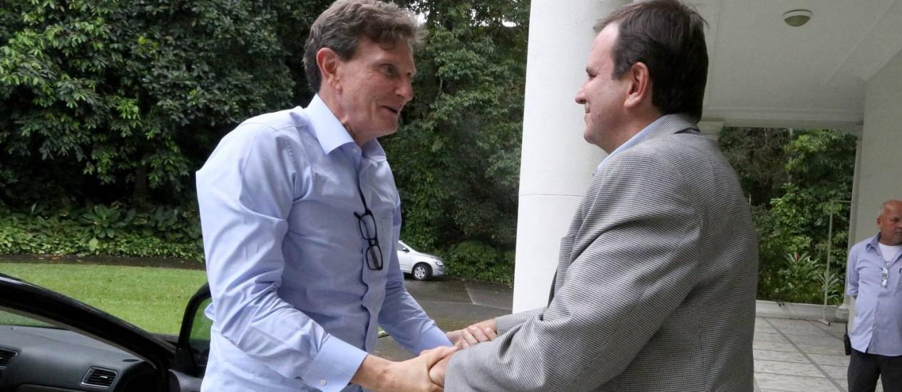 Crivella e Paes tiveram primeiro encontro para discutir transição Foto: Beth Santos / Divulgação
