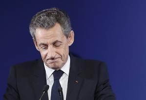 O ex-presidente Nicolas Sarkozy discursa após resultado das primárias na França Foto: POOL / REUTERS