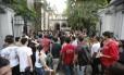 Estudantes chegam para fazer Enem 2016 no Rio