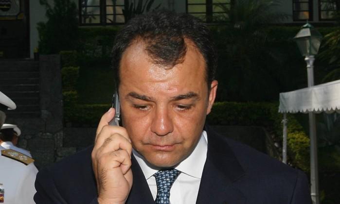 Resultado de imagem para telefone do governador cabral