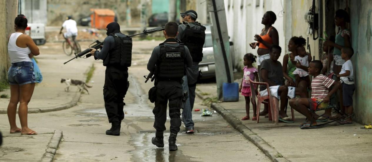 Operação da Polícia Civil na Cidade de Deus Foto: Gabriel de Paiva / Agência O Globo