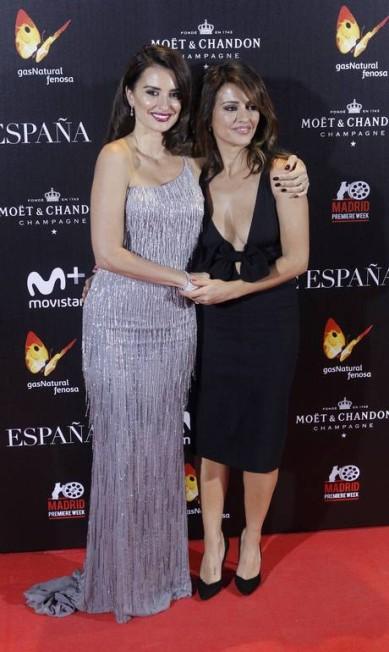 Monica é a irmã mais nova de Penélope e também é atriz AKM-GSI