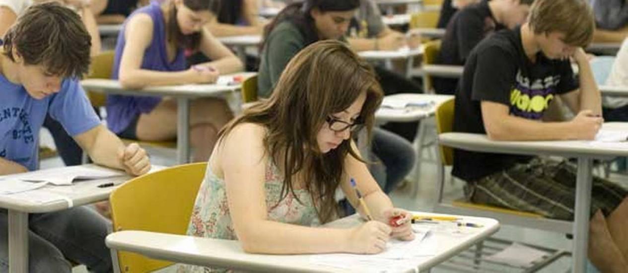 Estudantes terão cinco horas para resolver 90 questões de múltipla escolha na prova da Fuvest domingo Foto: Site da Fuvest