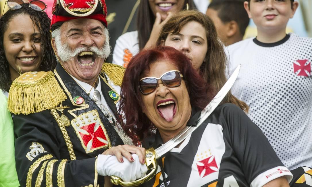 Antes do jogo contra o Ceará, sorrisos e alegria: confiança no Vasco Guito Moreto / Agência O Globo
