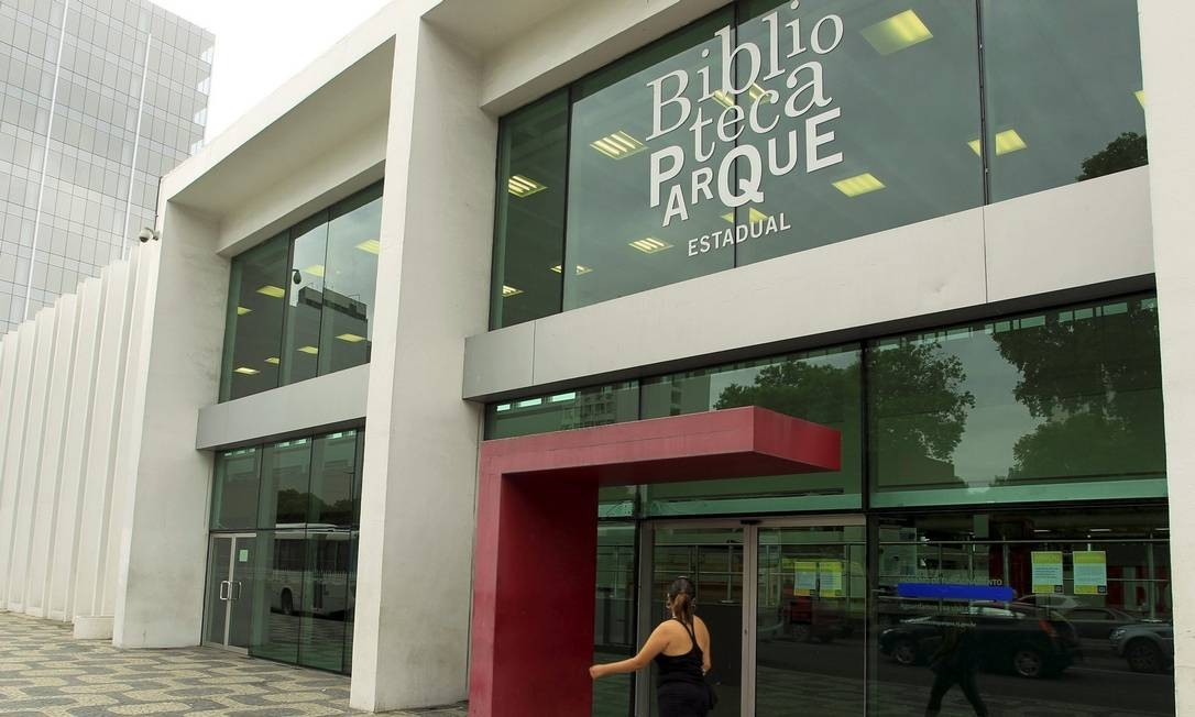 Incerteza. A Biblioteca Parque do Centro: o projeto, que tem outras três unidades, recebeu socorro dos municípios do Rio e de Niterói Foto: Gabriel de Paiva / Gabriel de Paiva