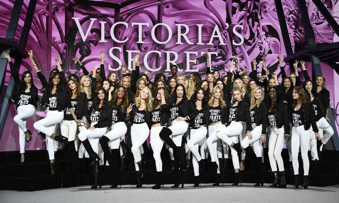 A animação das meninas da Victoria's Secret MARTIN BUREAU / AFP