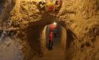 Relatório do Unicef mostra que crianças sírias estão brincando e estudando atualmente em porões ou no subsolo Foto: Unicef/ Alsham