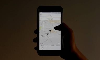 Tela do aplicativo Uber Foto: Domingos Peixoto - 17/08/2016 / Agência O Globo