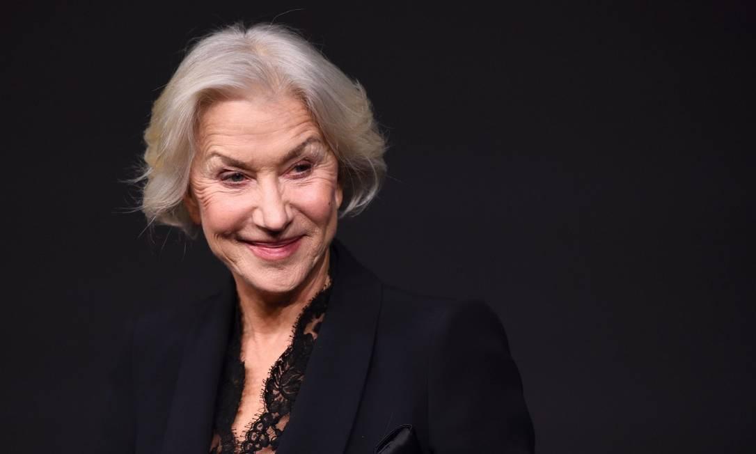 """""""O calendário desse ano esta ajudando a educar os olhos para a beleza. E isso é maravilhoso"""", disse Helen Mirren no lançamento ERIC FEFERBERG / AFP"""