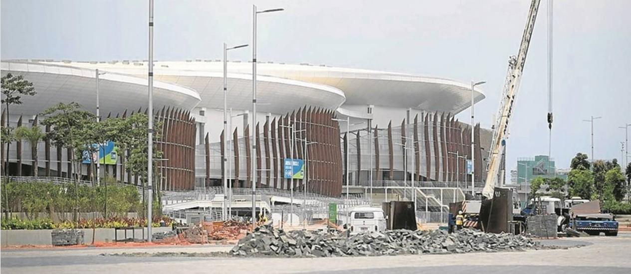 O Parque Olímpico, fechado após os Jogos: estruturas provisórias, como lojas, foram desmontadas Foto: Márcia Foletto - 26-11-2016 / O Globo