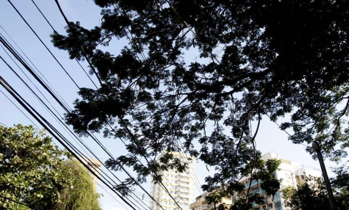 Fiação da Enel Distribuição Rio antiga Ampla em Niterói- Felipe Hanower