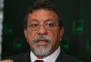 O líder do PT na câmara, Afonso Florence (PT-BA) Foto: Ailton de Freitas / Agência O Globo