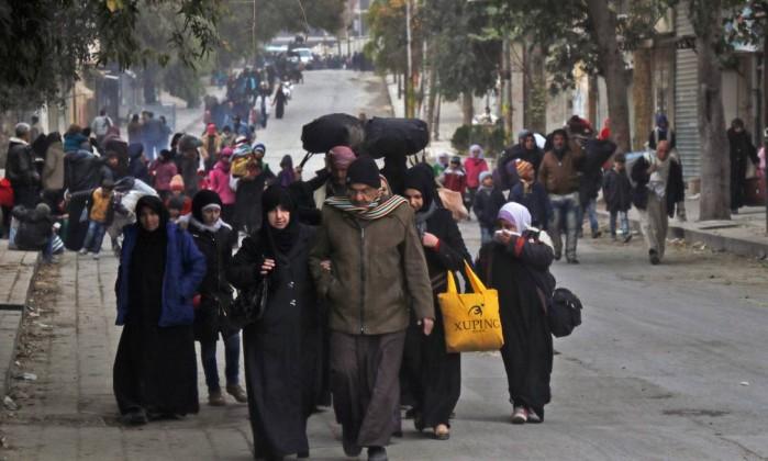 Situação em Aleppo é 'vergonha' para o mundo, diz Merkel