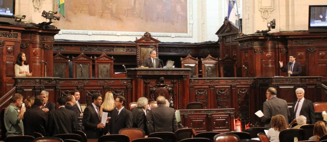 Deputados no plenário da Alerj em 30/11/2016 Foto: Divulgação