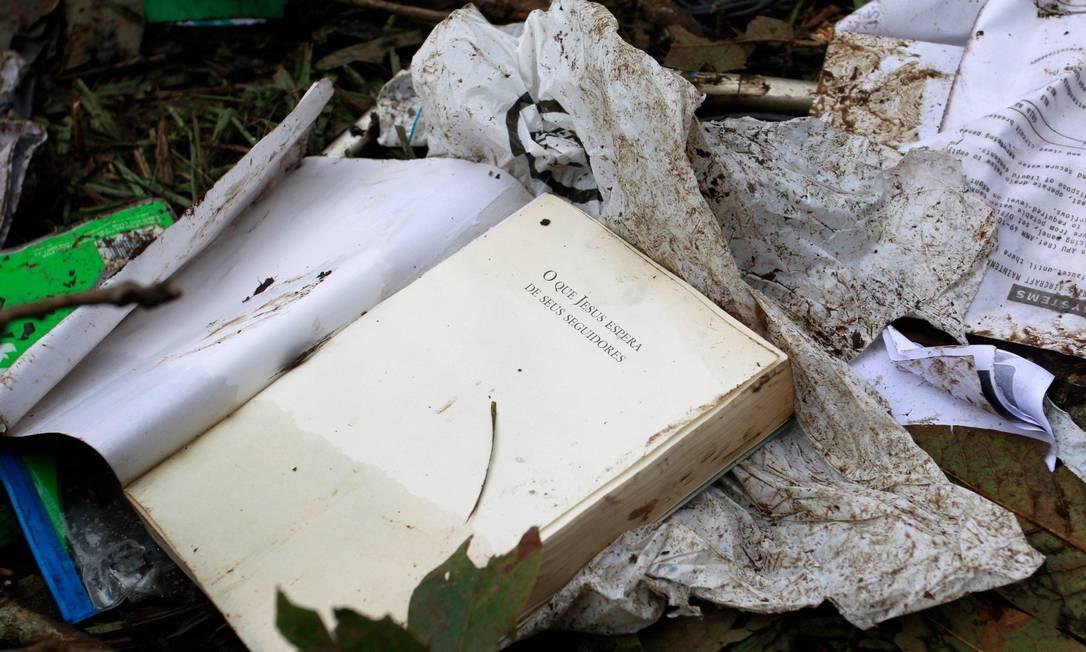 """""""O que Jesus espera de seus seguidores"""", livro que uma das vítimas do desastre com a Chapecoense levava no voo Javier Nieto Alvarez - El Tiempo/GDA / Agência O Globo"""