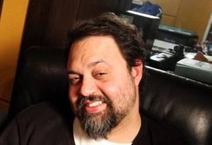 Ainda internado, Marcelo Yuka lança novo single Foto: Reprodução de Facebook
