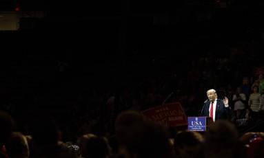 Trump discursa durante comício pós-vitória em Cincinnati, Ohio Foto: Evan Vucci / AP