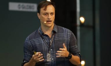 Manoel Lemos durante palestra no Wired Festival Brasil na manhã deste sábado Foto: André Mourão