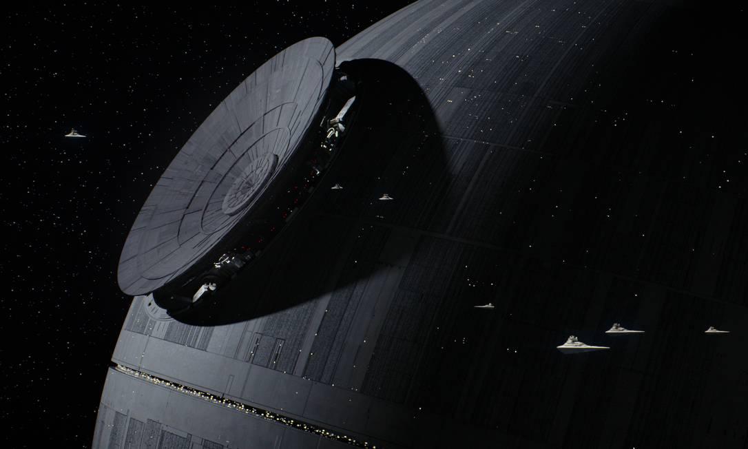 Rebeldes tentam impedir a construção da Estrela da Morte em 'Rogue one — Uma história Star Wars' Foto: / Divulgação/Lucasfilm