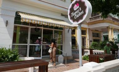O novo. Confeitaria de luxo em Vedado, bairro turístico em Havana: cidades grandes ganham lojas e restaurantes que em nada ficam devendo aos países capitalistas Foto: Henrique Gomes Batista
