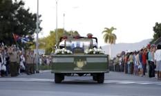Cinzas de Fidel Castro são levadas a cemitério para sepultamento em Santiago, Cuba Foto: Natacha Pisarenko / AP
