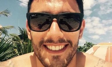 O lateral Alan Ruschel vem se recuperando bem após a queda do avião da Chapecoense Foto: Reprodução/Instagram