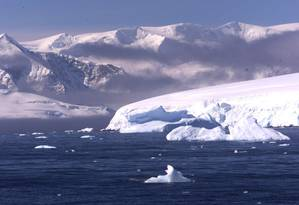 Antártica, no extremo sul do planeta, está perdendo área de gelo Foto: Gustavo Stephan/28.02.2002
