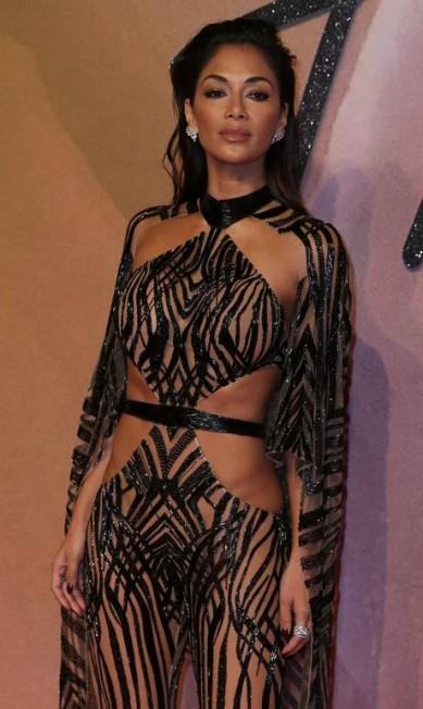 O ousado look de Nicole Scherzinger DANIEL LEAL-OLIVAS / AFP