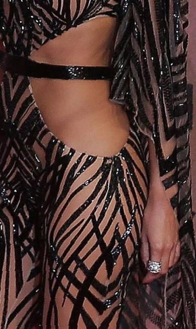 Zoom no look de Nicole Scherzinger DANIEL LEAL-OLIVAS / AFP