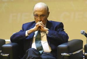 Promessa. Para uma plateia de empresários, Meirelles negou 'fritura', previu retomada e disse que Brasil saiu da UTI Foto: ALOISIO MAURICIO