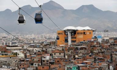 Serviço, que hoje está parado, transportava nove mil pessoas por dia Foto: Pablo Jacob / Agência O Globo