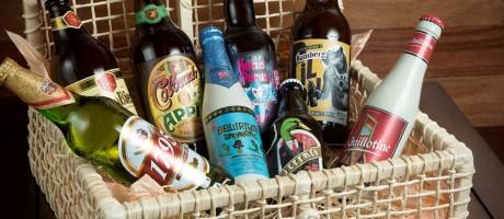 Cesta customizada com cervejas especiais traz seleção de várias partes do mundo Foto: Camila Maia/Estúdio Infoglobo