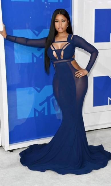 Em agosto, no MTV Video Music Awards, Nicki Minaj foi disposta a levar para casa o prêmio mais sexy do tapete vermelho Jamie McCarthy / AFP