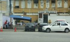 Negócio. A barraca de pastéis fica diante do prédio da antiga Polinter Foto: Maurício Peixoto