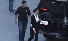 A advogada Adriana Ancelmo deixa o prédio da Justica Federal Foto: Leo Martins / Agência O Globo