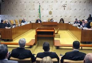 STF julga se mantém liminar que afastou Renan Calheiros (PMDB) da presidência do Senado Foto: Jorge William / Agência O Globo