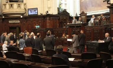 Deputados votam projetos de ajuste fiscal na Alerj em 07/12/2016 Foto: Octacílio Barbosa / Divulgação Alerj