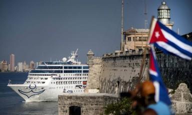 Cruzeiro americano chega a Havana vindo de Miami Foto: Ramon Espinosa / AP