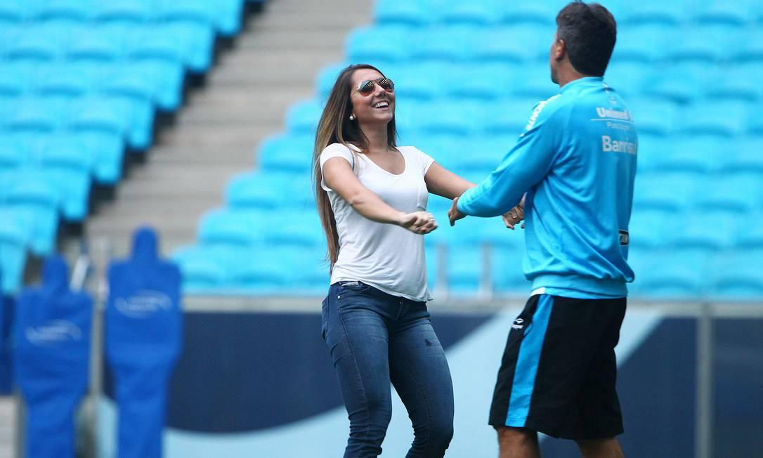 Carol com Renato: filha e pai que estão sempre juntos nos momentos importantes do Grêmio LUCAS UEBEL/Grêmio