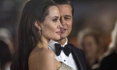 O ex-casal Angelina Jolie e Brad Pitt: divórcio conturbado Foto: Mario Anzuoni / REUTERS