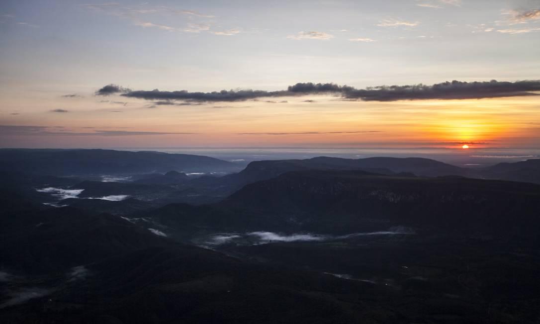 A região do Pouso Alto poderá passar a ser protegida com a ampliação do parque; ponto é o mais alto da chapada e tem nascentes do Rio Preto Hermes de Paula / Agência O Globo