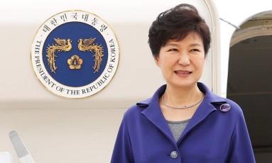 Presidente da Coreia do Sul Park Geun-hye sofreu série de protestos no seu país Foto: CHRIS WATTIE / REUTERS