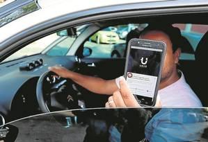 Motorista do Uber Foto: Marcelo Theobald - 28-11-2016 / Agência O Globo