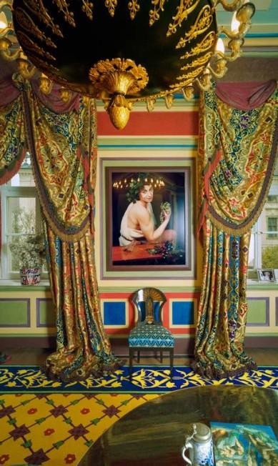 """No apartamento de Gloria, o quadro """"Caravaggioboy com uvas"""", de Cindy Sherman TODD EBERLE / Divulgação"""