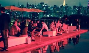 No terraço. O Skye, bar e restaurante do Unique, localizado na cobertura do hotel, tem vista para a região da Avenida Paulista Foto: Marcos Alves / Marcos Alves/Arquivo