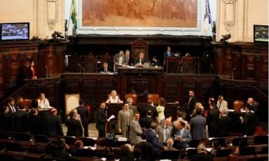O presidente da Alerj, Jorge Picciani, remarcou a votação do texto para quarta Foto: Pablo Jacob