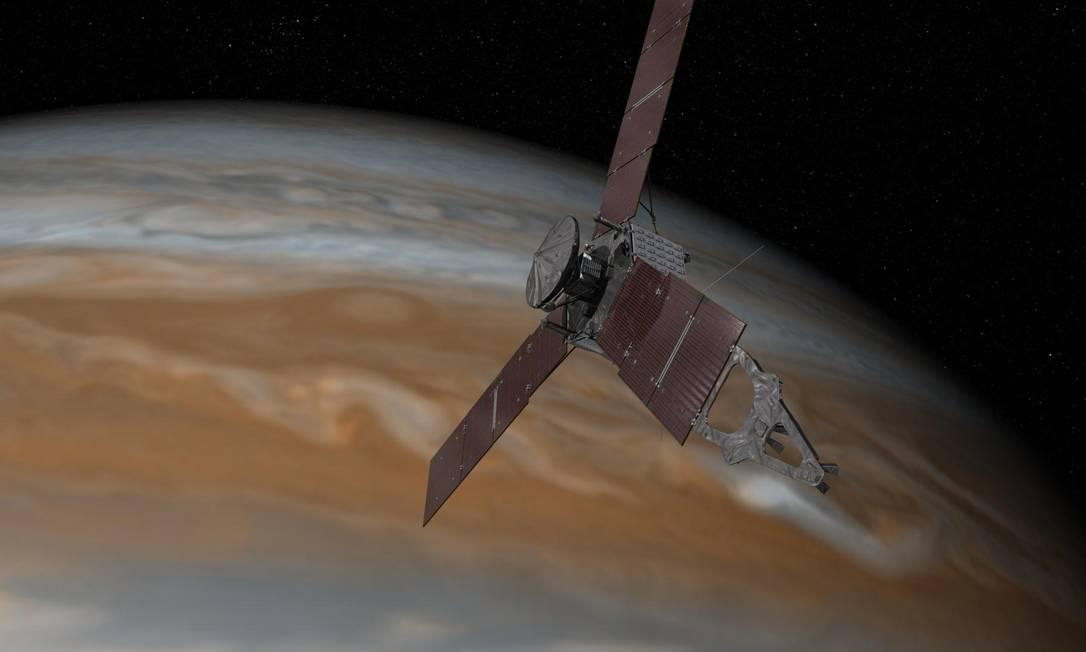 Ilustração mostra a sonda Juno em um sobrevoo por Júpiter, um dos momentos de maior aproximação do planeta gigante gasoso que a nave passa em sua órbita polar extremamente alongada Foto: NASA/JPL-Caltech