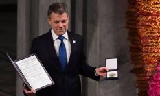 Juan Manuel Santos durante a cerimônia de pfremiação do Nobel, na Noruega Foto: TOBIAS SCHWARZ / AFP