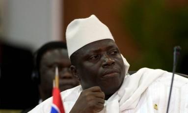 O presidente Yahya Jammeh está há 22 anos no poder, ao qual chegou com um golpe de Estado Foto: CARLOS GARCIA RAWLINS / REUTERS